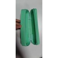 PVC笔盒车拉链加工